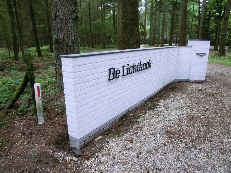 Villa de Lichtbaak Epe